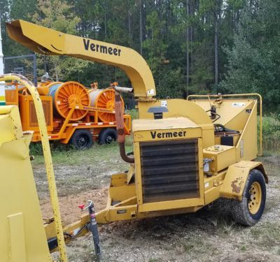 2002 Vermeer BC1230A Chipper (12