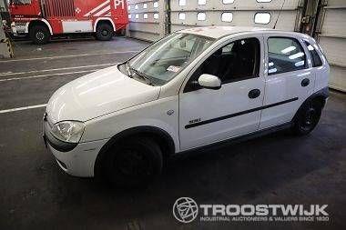 PKW (M1) Opel Corsa C