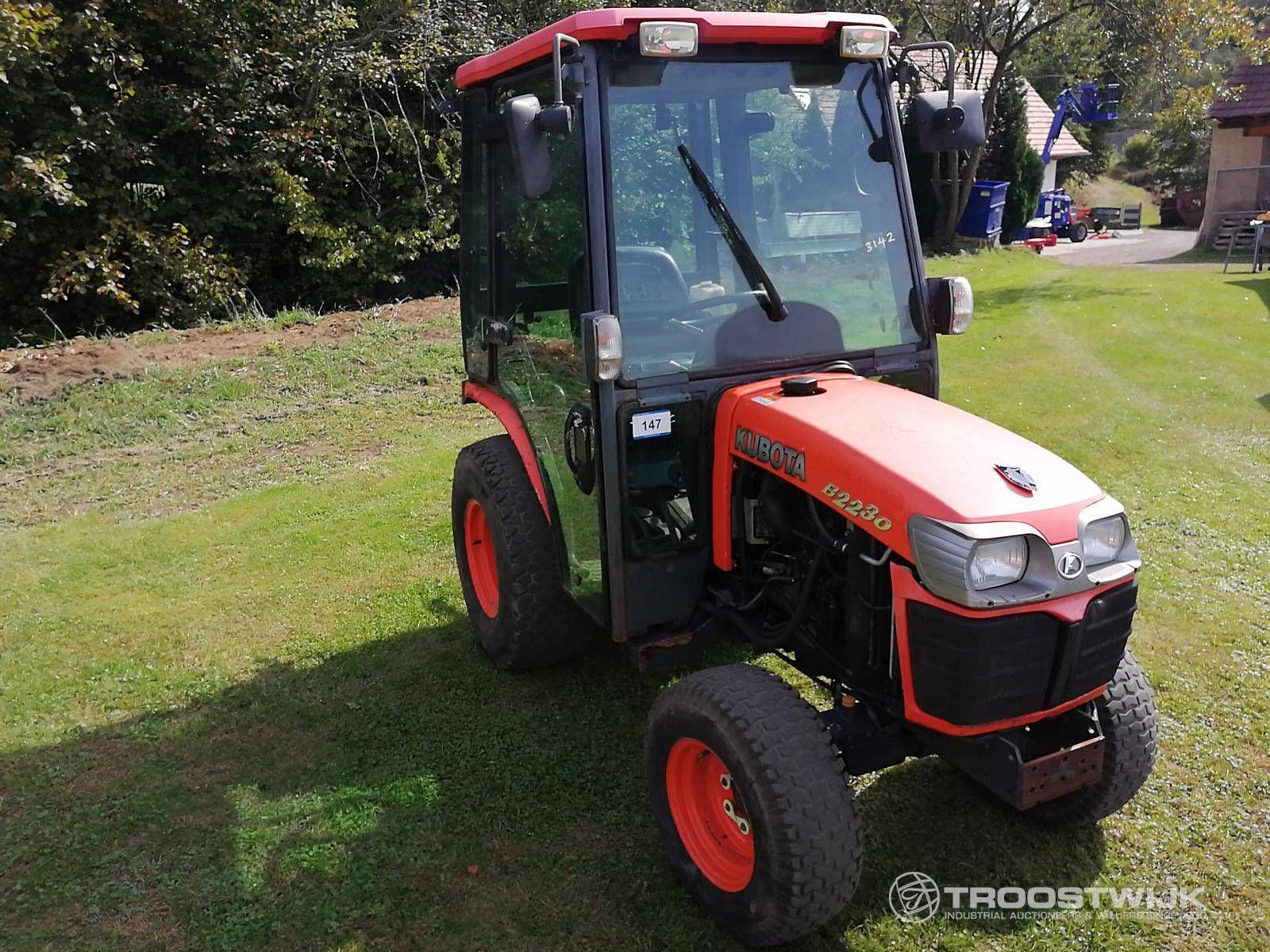 4-Wheel Drive Tractor