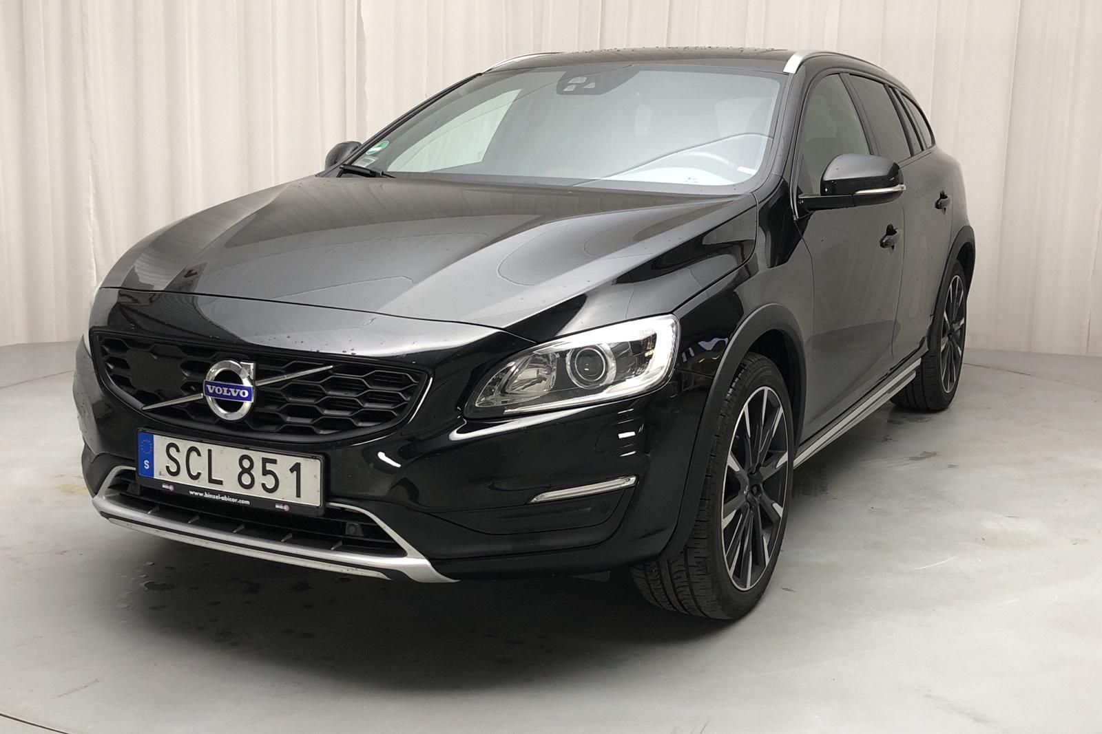 Volvo V60 D4 Cross Country AWD (190 hk)