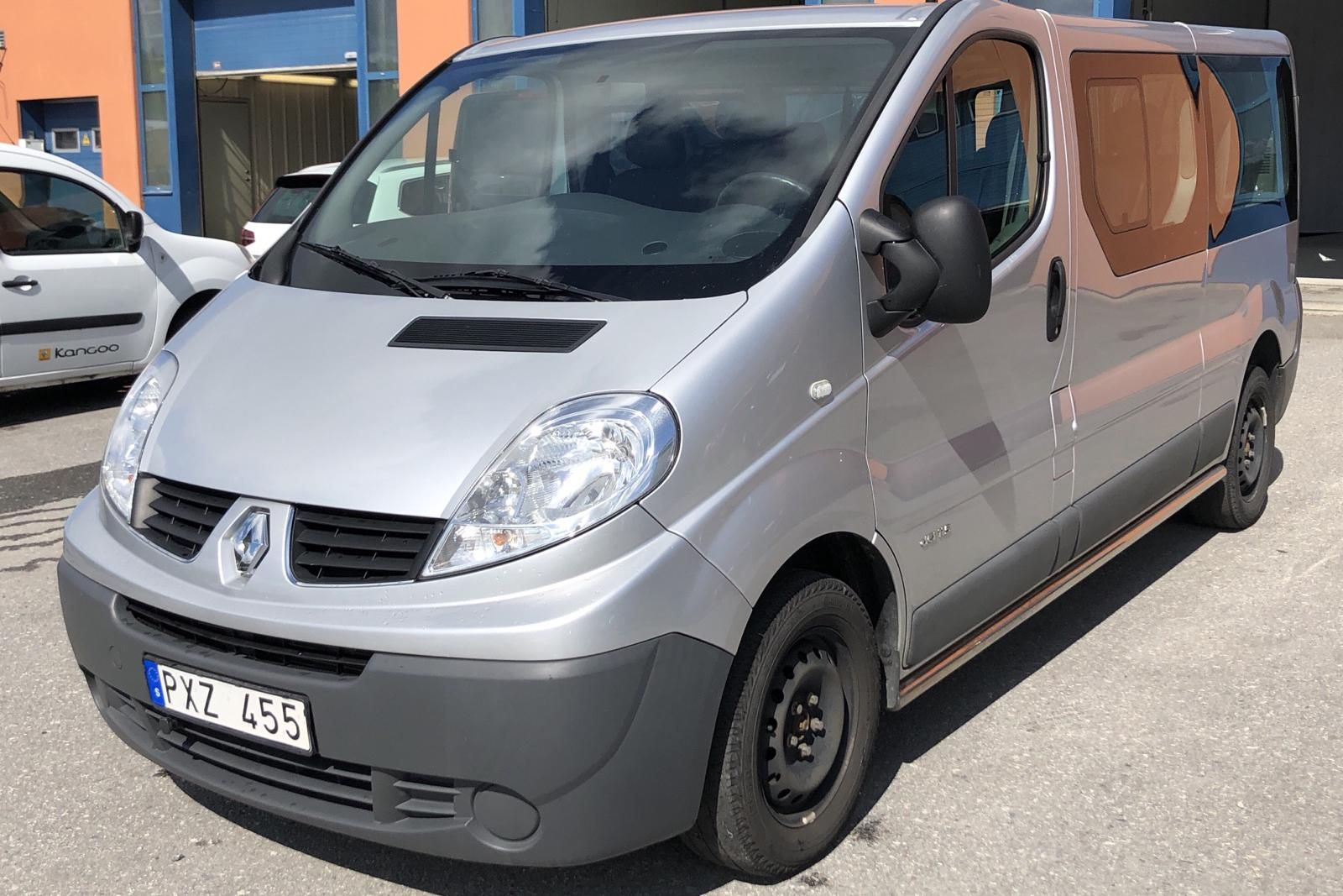 Renault Trafic 2.0 dCi Buss (115hk)