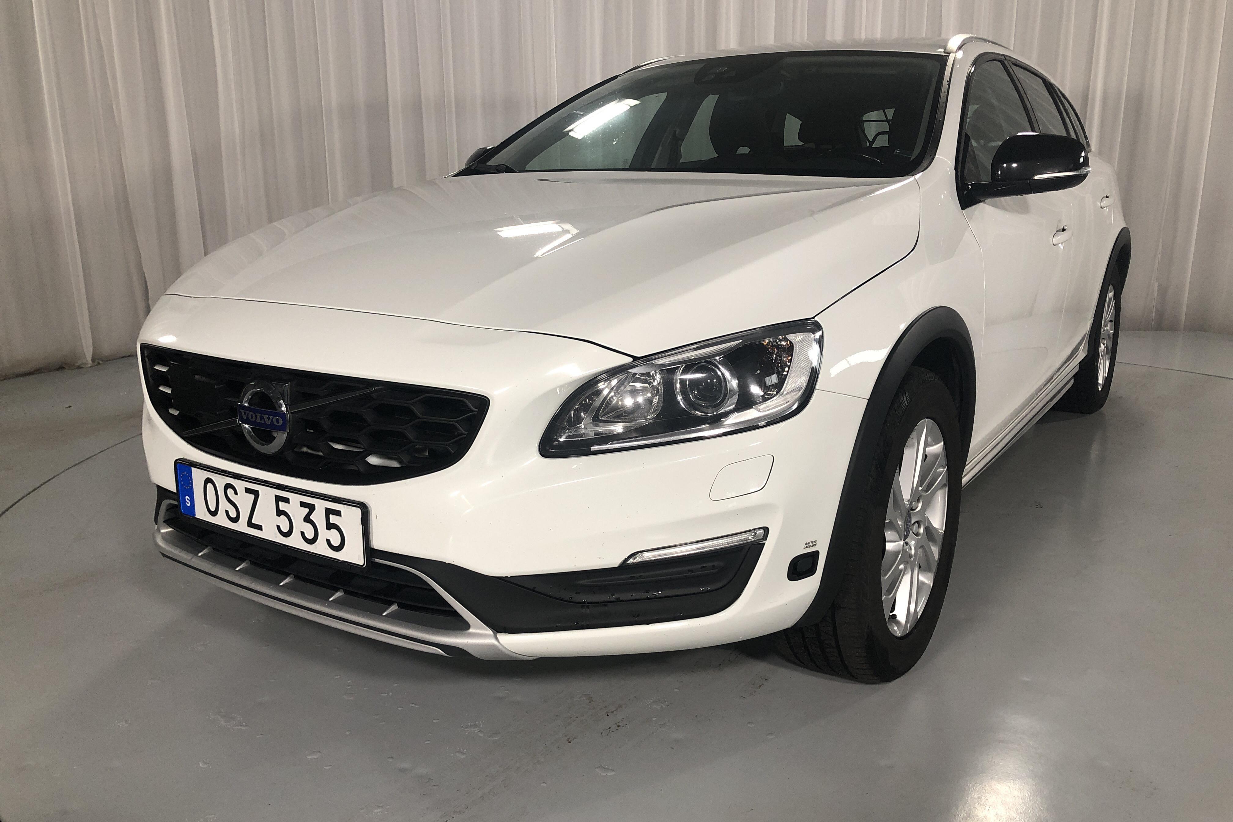 Volvo V60 D3 a campo traviesa (150Hk)