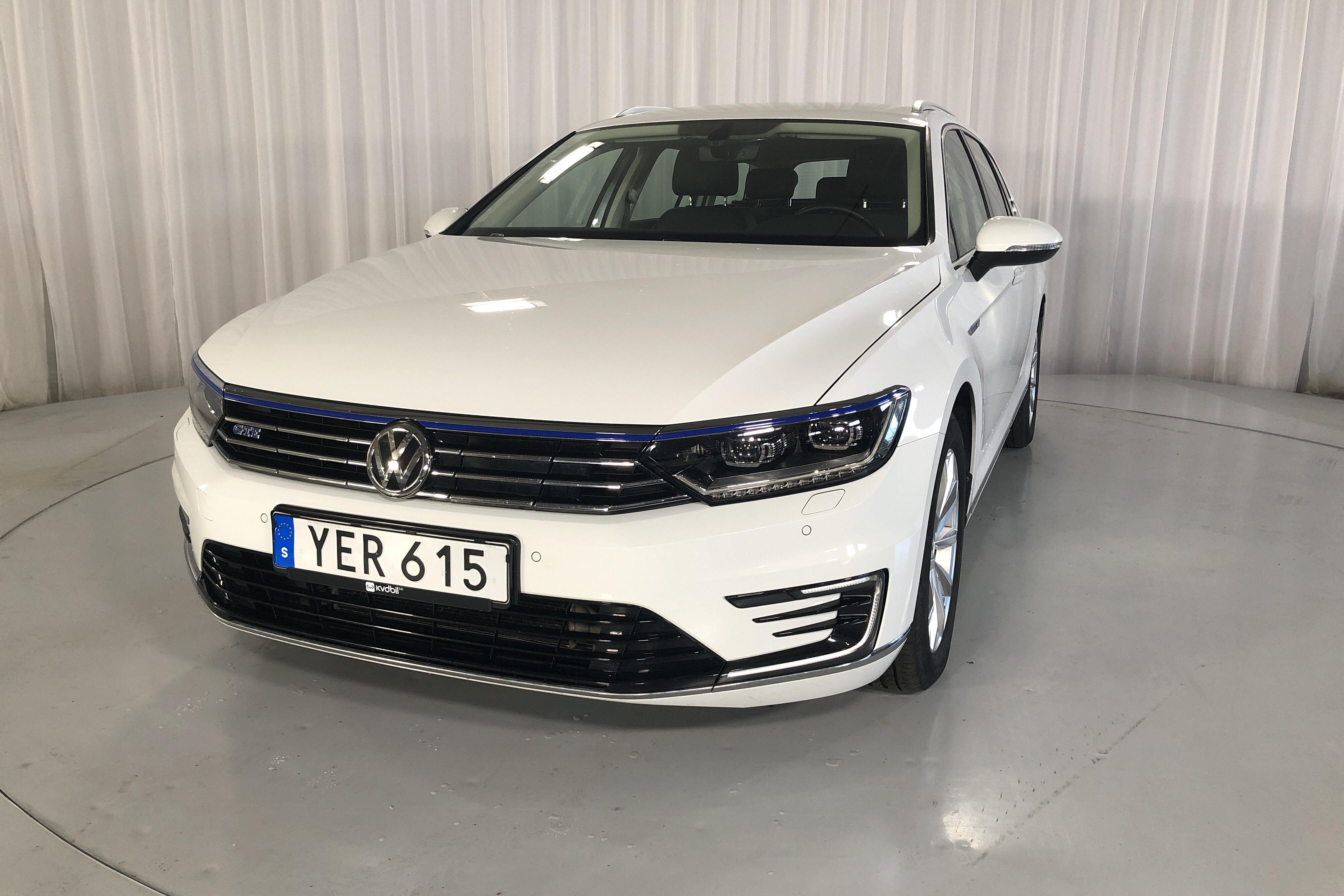 VW Passat 1.4 Plug-in-Hybrid-Sportscombi (218hk)