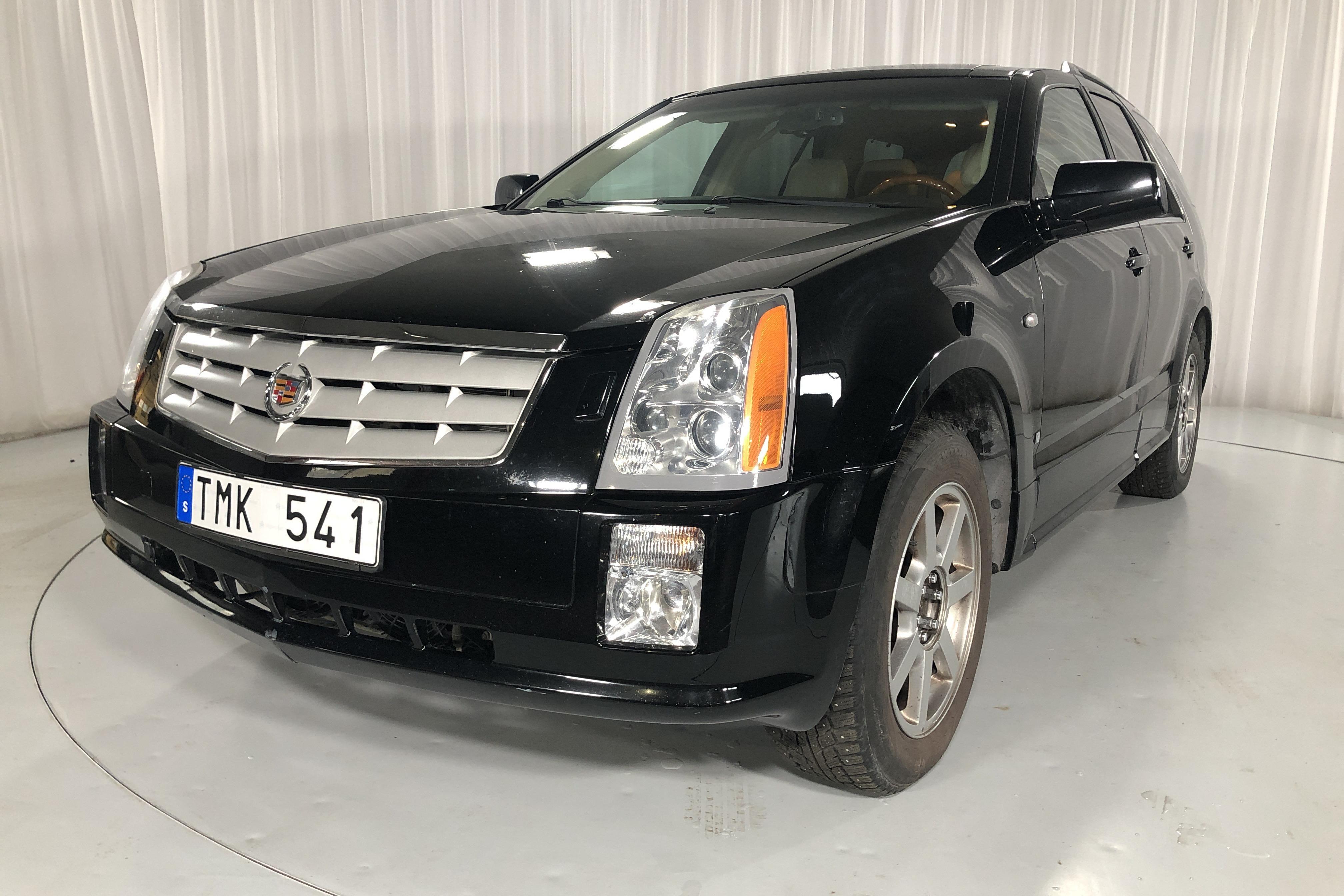 Cadillac SRX 4.6 V8 AWD (326hk)