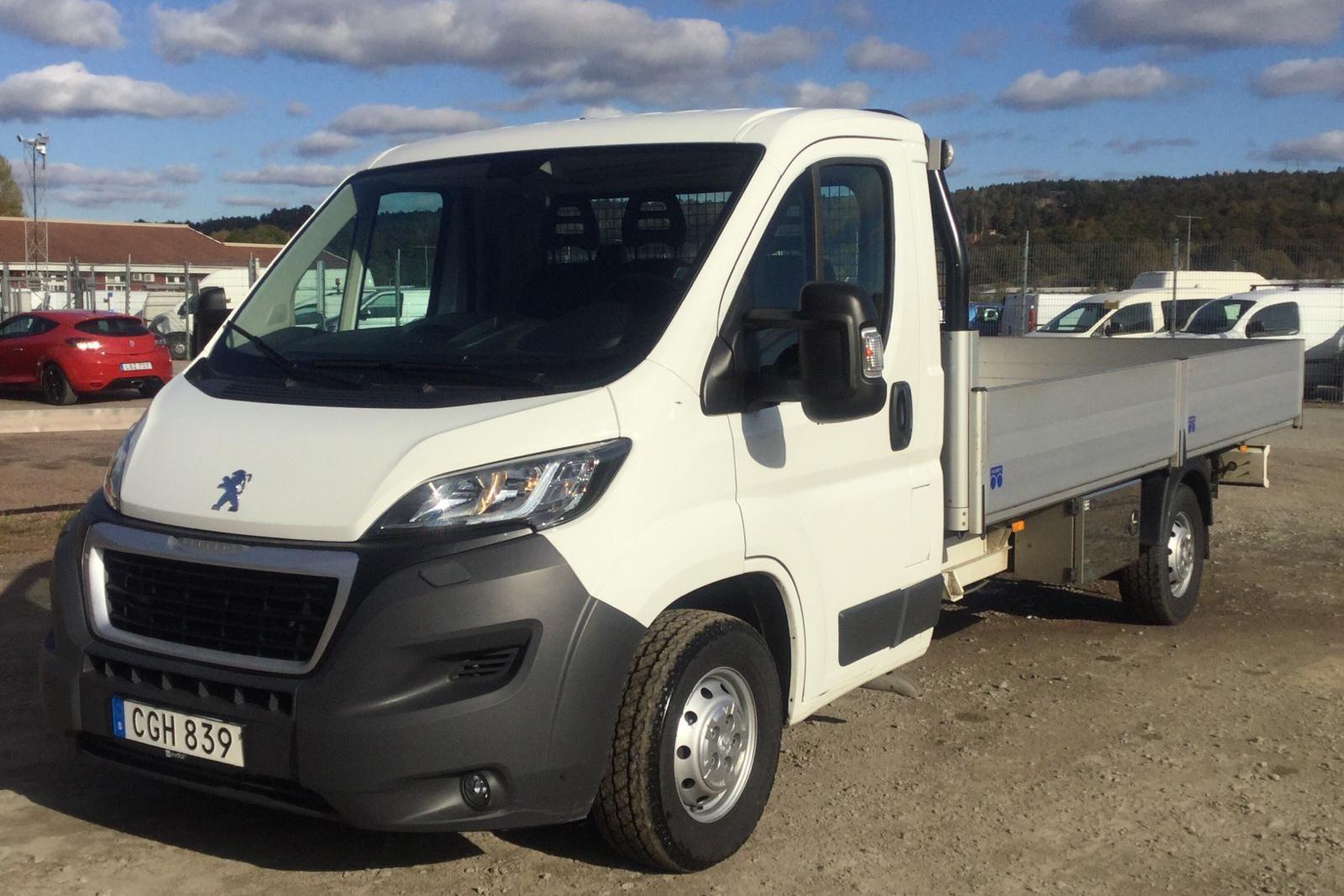 Peugeot Boxer 3.0 HDI Pickup (180hk)