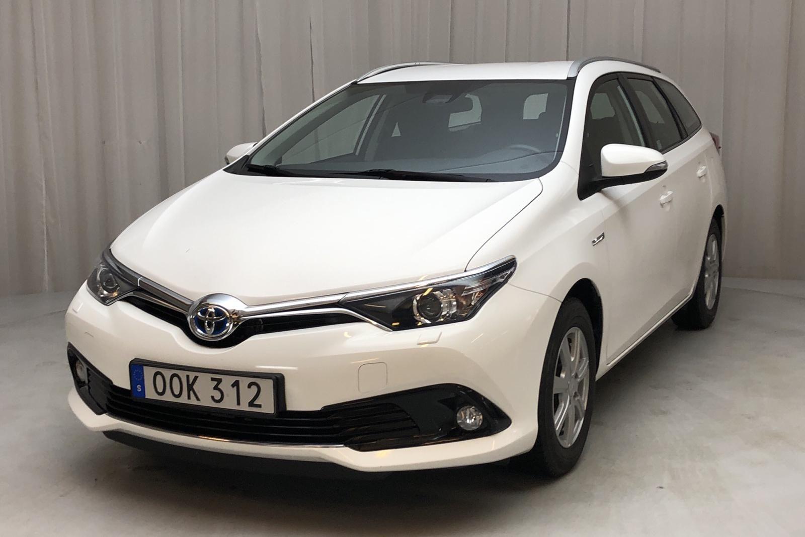 Toyota Auris 1.8 HSD Tourensport (99hk)