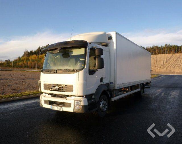 Volvo FL240 4x2 Box (Hubladebühne) - 08
