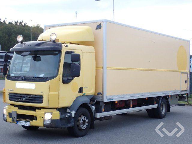 Volvo FL240 (nur Export) 4x2 Box (Hubladebühne) - 07