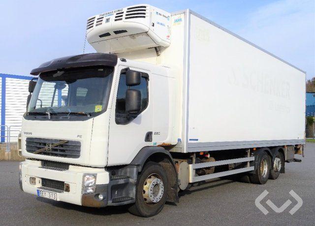 Volvo FES280 (Rep.-Artikel) 6x2 Kasten (Kühler + Ladebordwand) - 06