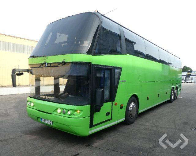 Neoplan PG4 3-Achs-Reisebus - 06