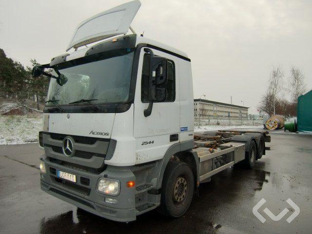 Mercedes 2544 L 6x2 Fahrgestell - 11