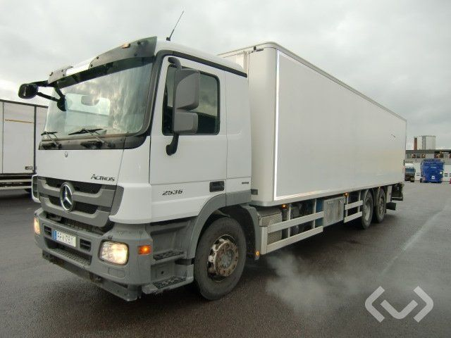 Mercedes ACTROS 2536 6x2 Koffer (Ladebordwand) - 11
