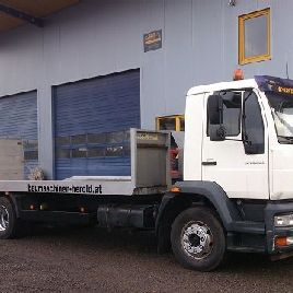 MAN LE 14.220 tow truck