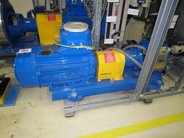 Pompe et moteur ABB (11 kW) - MUNSCH NP80-65-160REA-F / D, Neuheit 2011