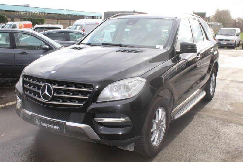 MERCEDES ML 350 BLUETEC 4MATIC Kategorie: Passagier
