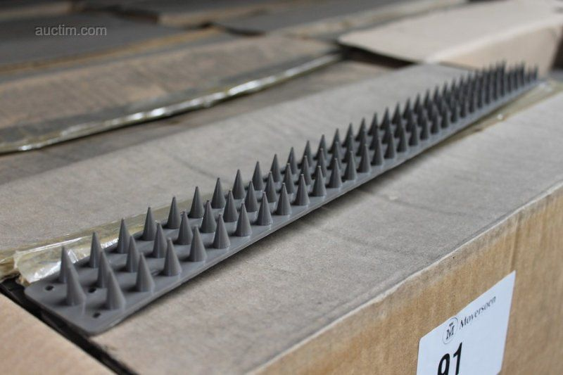 5700 (ungefähr) Stück PVC Vogelscheuchen COLLSTROP 45 x 500mm.