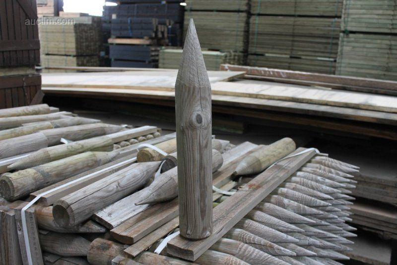 720 (ca.) Gartenzaunpfosten aus Holz in 8