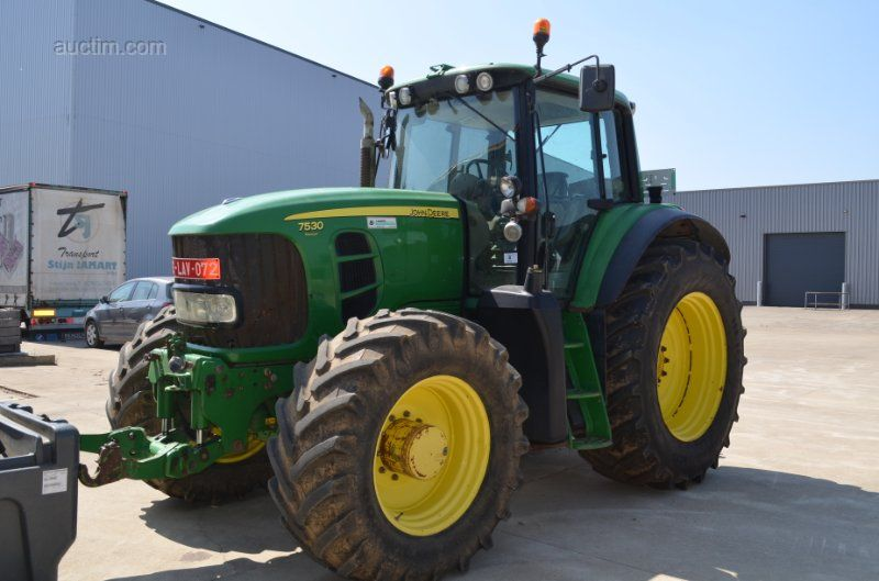 1 JOHN DEERE 6175R - MW2 - 7530 Premium Traktor Konstruktion