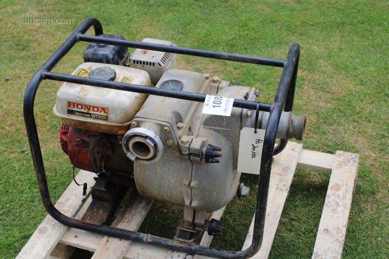 1 Abwasserpumpe HONDA WT20X mit Benzin ausgestattet