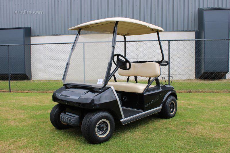 1 Golfwagen CLUB CAR