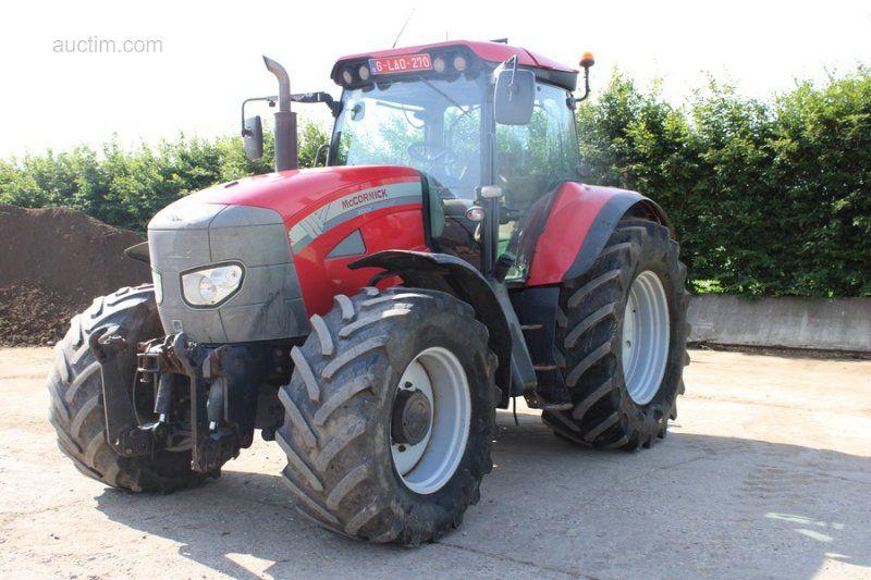 1 Traktor MC CORMICK