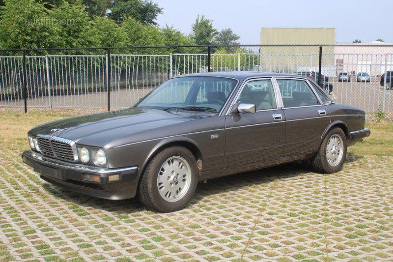 1989 JAGUAR Daimler Erstanmeldung: 28.08.1989