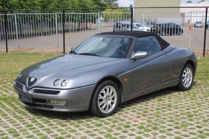 2000 ALFA Romeo Spider Erstanmeldung: 07/07/2000