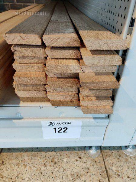43,2 lm Sockelleisten aus massiver französischer Eiche