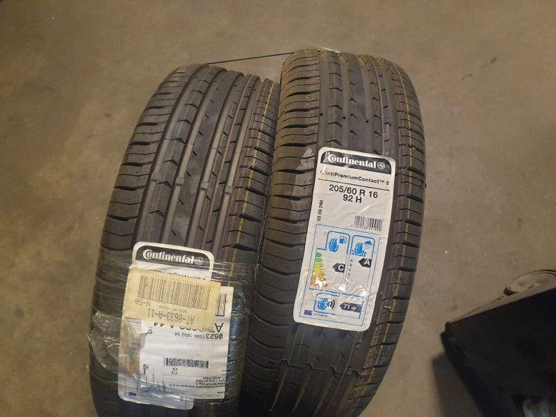2 Stk. Reifen (Continental)