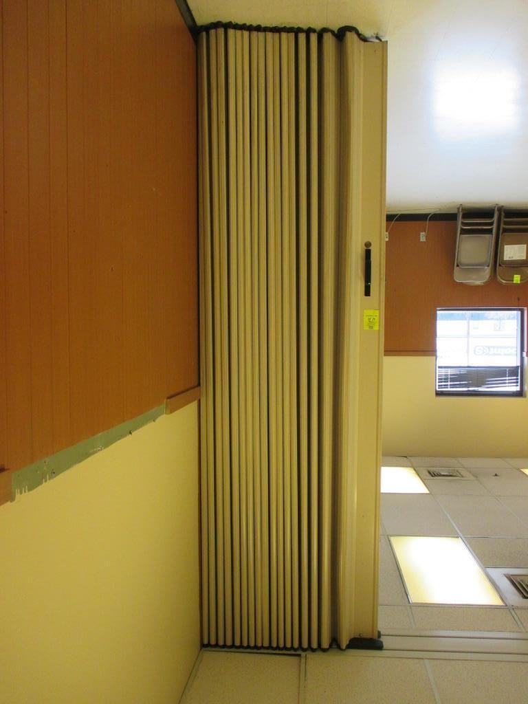 Raumteiler im Won-Door Akkordeon Stil