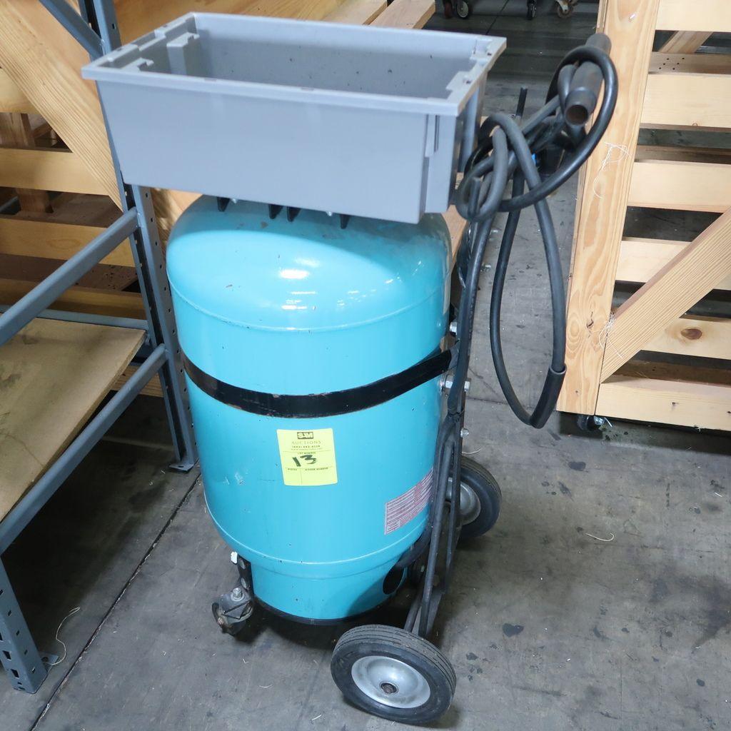 tragbarer Bewässerungstank