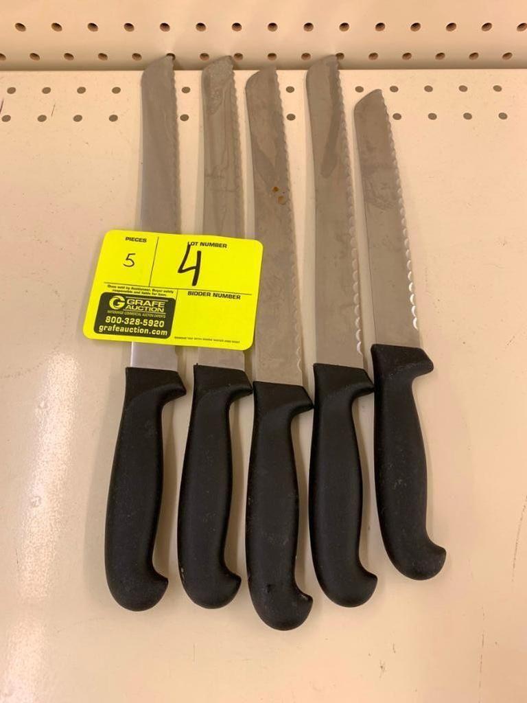 Verschiedene gezackten Messer