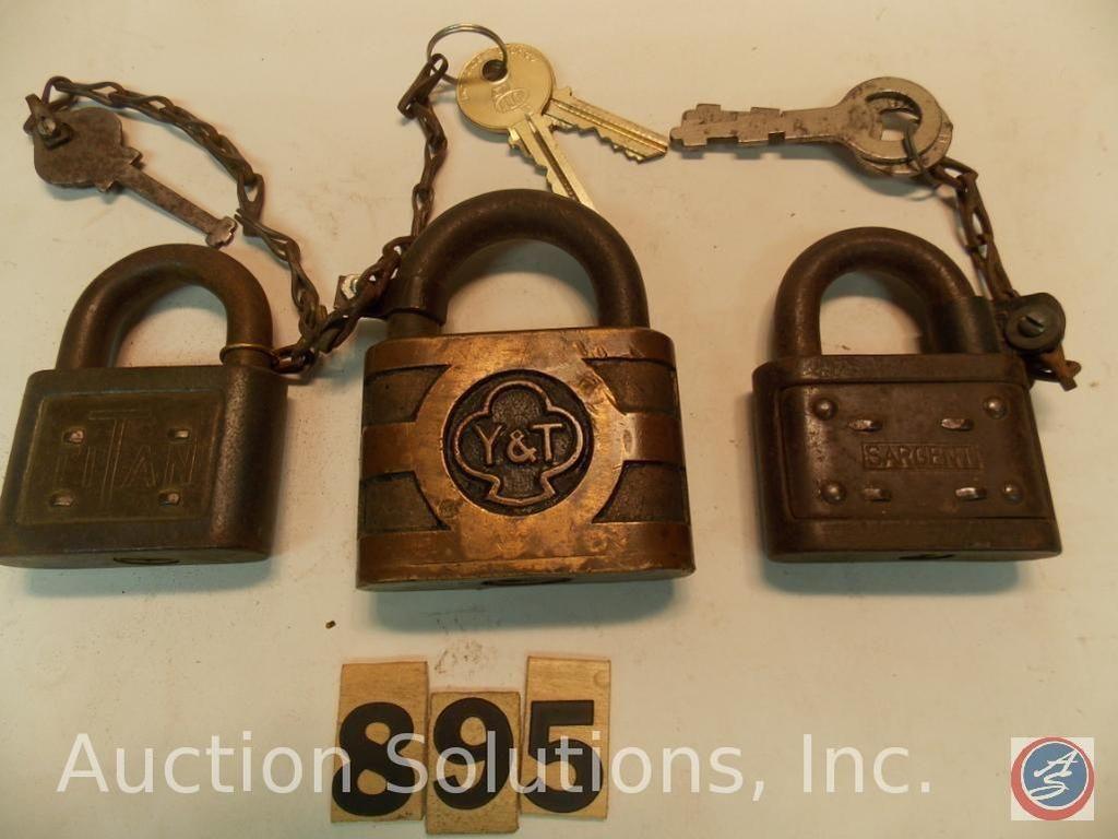 (3) Messingschlösser mit Schlüsseln
