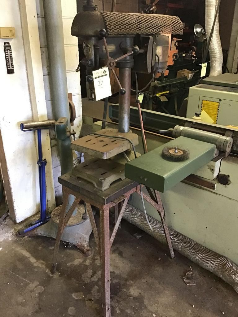 Walker-Turner-Bohrmaschine auf Industriestand