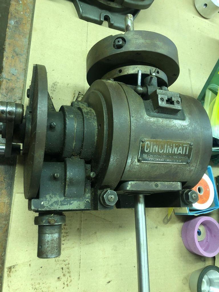 Cincinnati Milling Machine Drehen / Indexierkopf