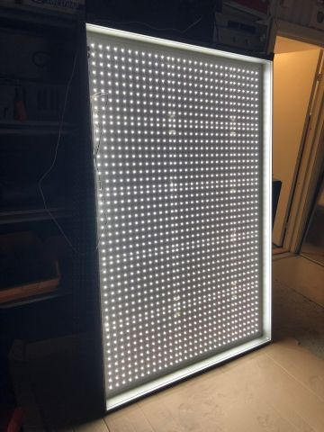 Exklusive Leuchtbox in Led