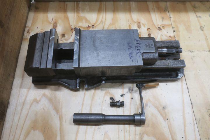 Maschinenschraubstück 130 mm