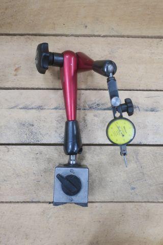 Magnetständer Pisso mit Mitutoyo Neigungsanzeige