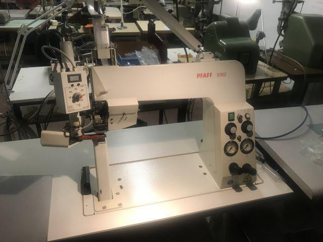 Nahtversiegelungsmaschine Pfaff 8302 - Reserve gesenkt!