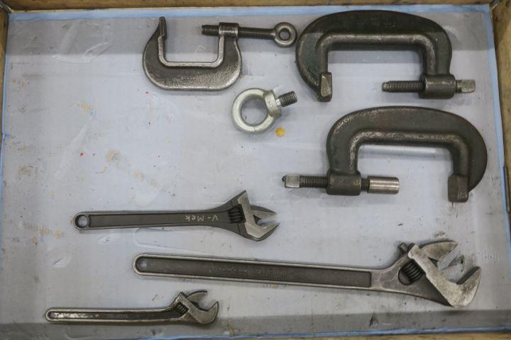 Maschinenflügel und größere Schraubenschlüssel Bahco etc