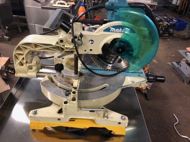 Makita LS1013L Schneid- und Gehrungssäge 260 mm, Laser