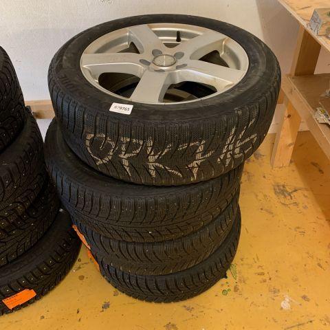 Friktionsdäck på aluminiumfälgar bis VW Passat, Bridgestone 215 / 55R17