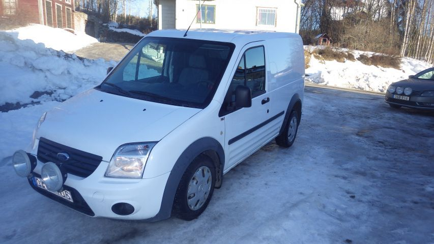 Ford Transit Connect -11 GAO105