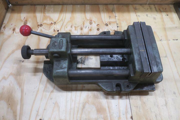 Maschinenschraube ERON 205 mm