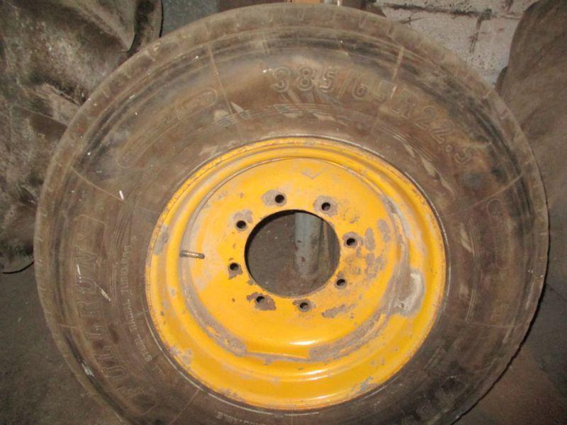 Kpl Räder 385 / 65X22.5 mit Bohrung 8-221-275 / Rad 385 / 65X22.5