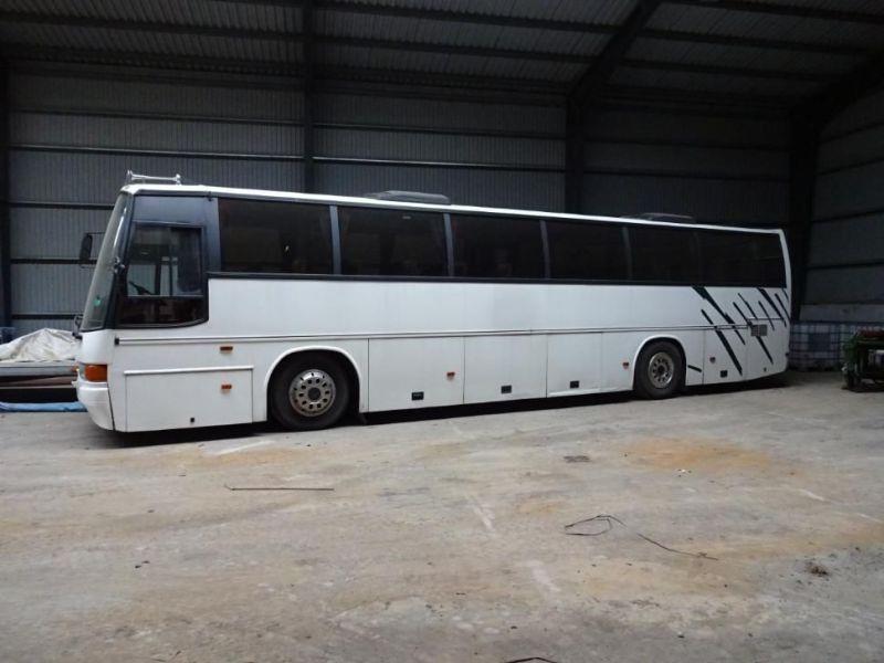 Volvo FE Bus 71 Personen mit Aufzug / Bus mit Aufzug