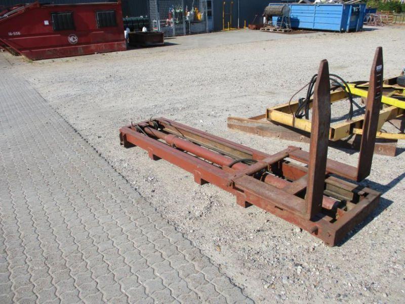 Sattelzugmaschine / Traktor Gabelstapler