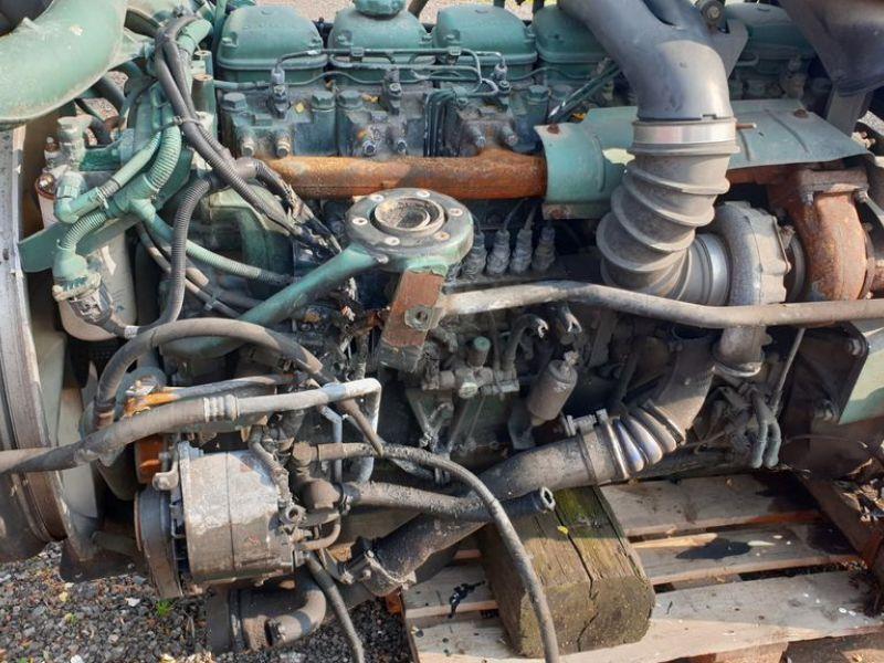 Volvo D10 mit Getriebe
