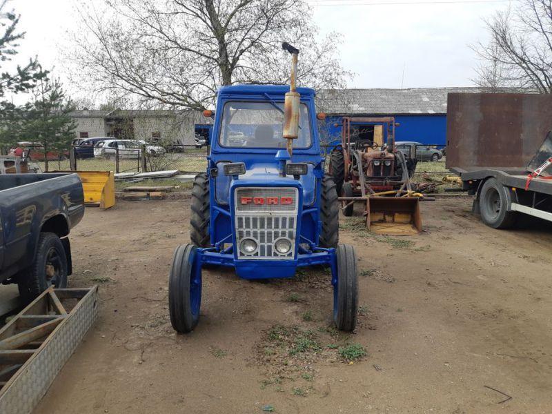 FORD 3000 / Traktor