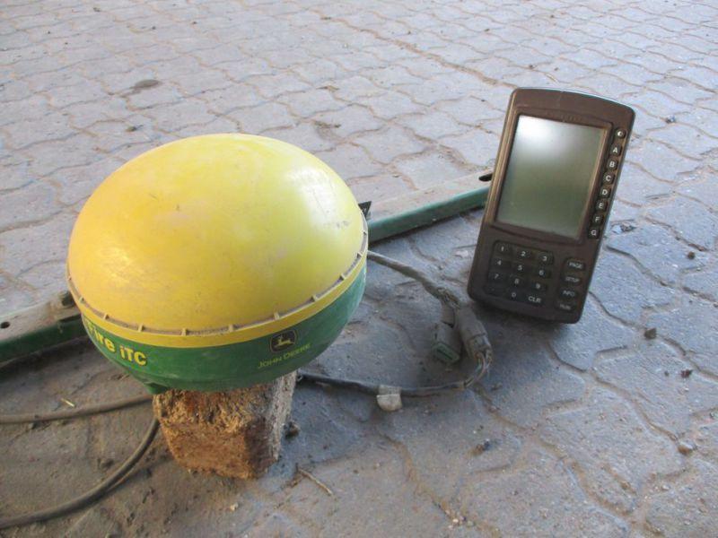 John Deere Starfire iTC GPS-Gerät